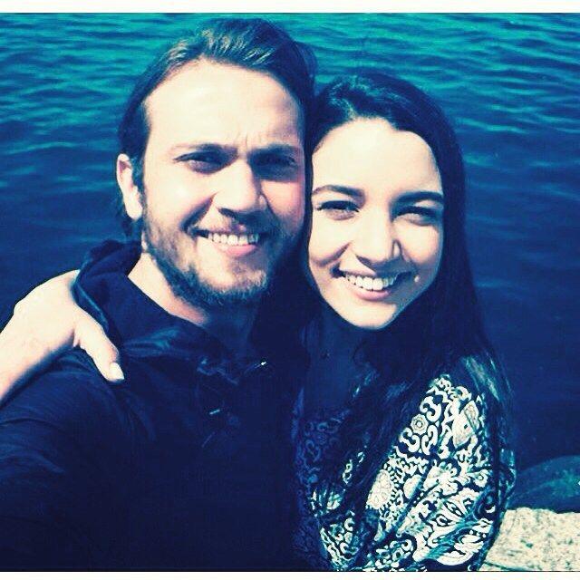 """İçerde (@sarp_mert_fan) on Instagram: """"Yerim#damlacolbay #arasbulutiynemli"""""""