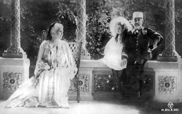 Carol and Elisabeth with their great-niece Elisabeth