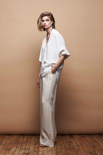 See the complete Hellessy Resort 2015 collection.