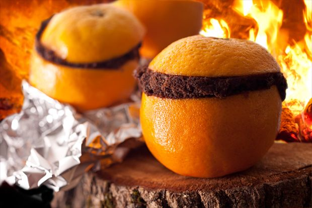 Chocolate Cake Baked in an Orange and six more creative camping desserts - @CHOW.com: Cakes Mixed, Cakes Batter, Orange, Idea, Chocolates Cakes, Campfires Recipes, Cakes Baking, Chocolate Cakes, Camps Food