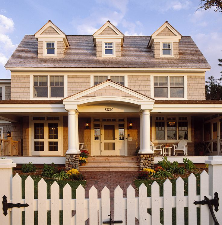 Pretty house. Front gate