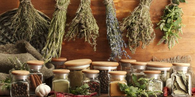 15 Herbs And Spices That Are Good For Your Health And Your Tastebuds