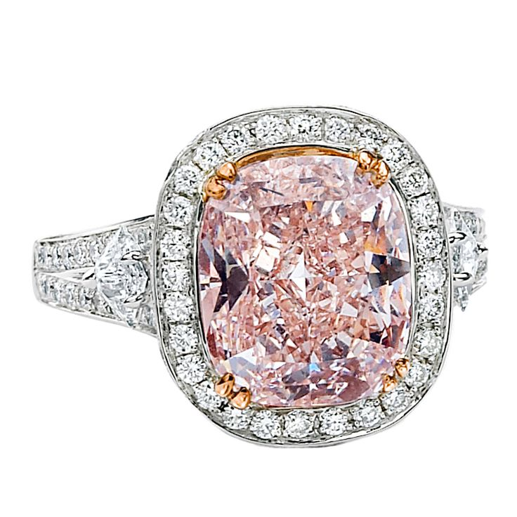 5.70ct Cushion Cut Pink Diamond Splendor