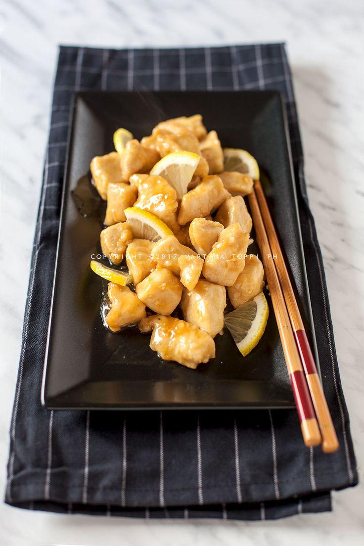 Il pollo al limone cinese è un piatto molto apprezzato della cucina cinese e piace a tutti. E' molto gustoso e appetitoso.