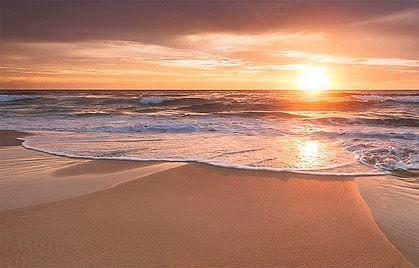 """Amazing sunset at Surfers paradise 🏄 Gold Coast, Australia 🇦🇺 Tag a travel buddy you would go with!  Photo from: @500px  #adventure #adventurescape #travel #instatravel #travelgram #tourism #instago #passportready #travelblogger #wanderlust #ilovetravel  #instavacation #instapassport #trip #traveltheworld #igtravel #getaway #travelpics #wanderer #travelphoto  #mytravelgram #visiting #travelphotography  #amazing #arountheworld  #worldcaptures #worldplaces #traveler"" by @adventurescape. •…"