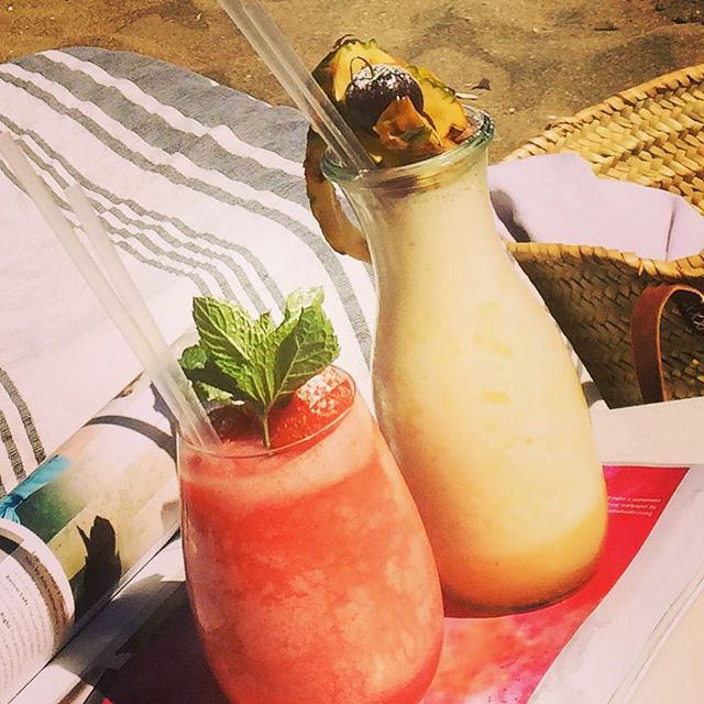 Frozen cocktails on the beach :)  #cocktails #daiquiri #colada #beach #staycation #marbella #andalucia #instafun #instafood #instagood #family