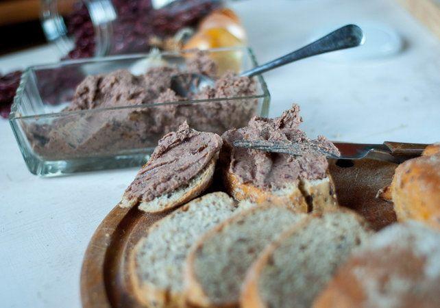 7 obłędnych przepisów na pasty do chleba
