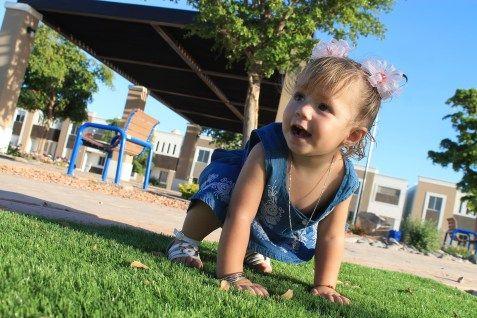 Llego el momento: 6 Tips para un bebe que gatea - Mama a la moda