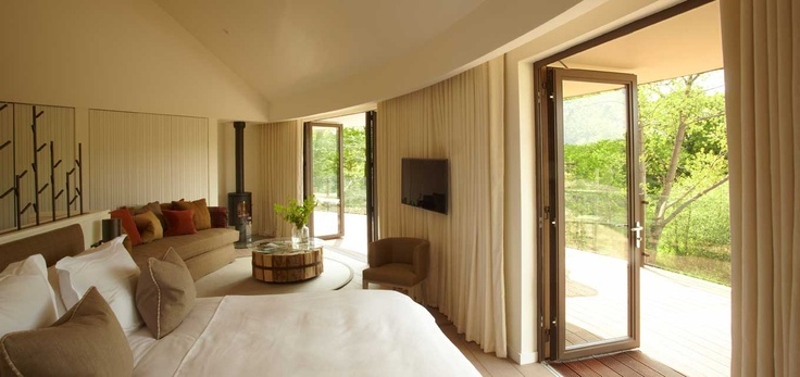 Luxury Tree Houses in Hampshire | Luxury Accommodation in New Forest