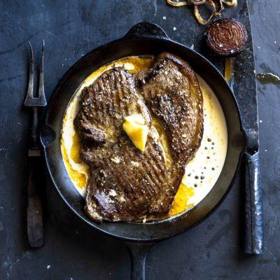 Taste Mag | Steak au poivre @ https://taste.co.za/recipes/steak-au-poivre/
