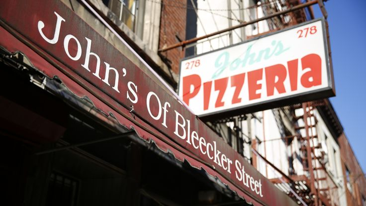 1000 Images About Bizarre Foods Delicious Destinations On Pinterest New York Pizza Ny Bagel