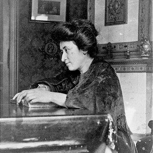 Rosa Luxemburg | 14 Badass Historical Women To Name Your Daughters After