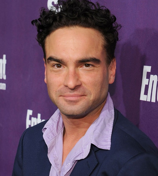 This is Johnny Galecki <3 He plays Leonard Hofstadter on the Big Bang Theory. He played David on Roseanne AND was Russ in Christmas Vacation!