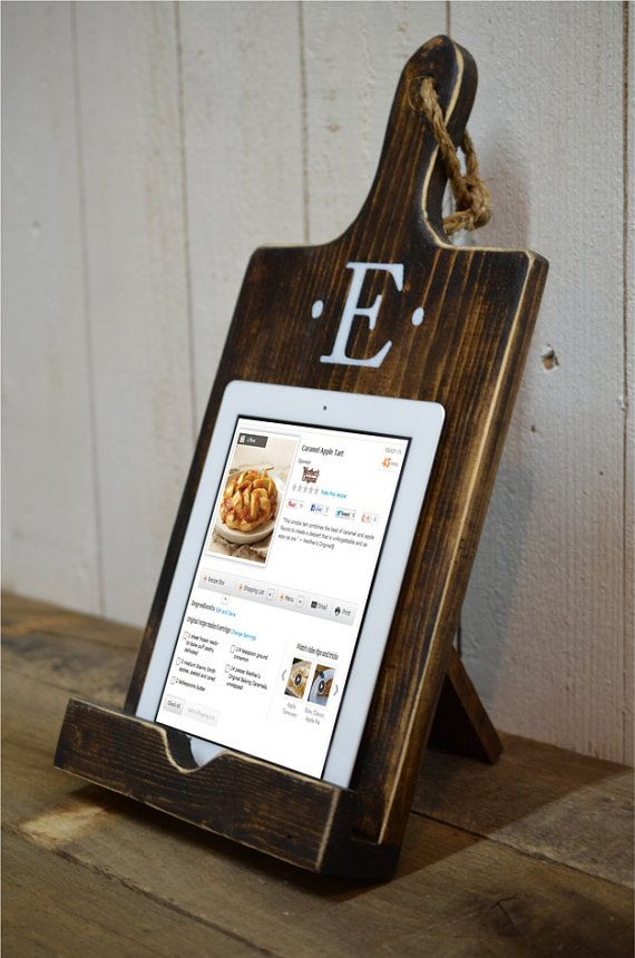 Great Christmas gift idea....Wood iPad Stand Cutting Board Style by RchristopherDesigns on Etsy, $39.00