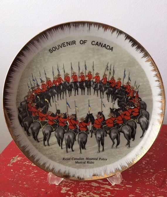 Plaque Souvenir Vintage Gendarmerie royale du Canada