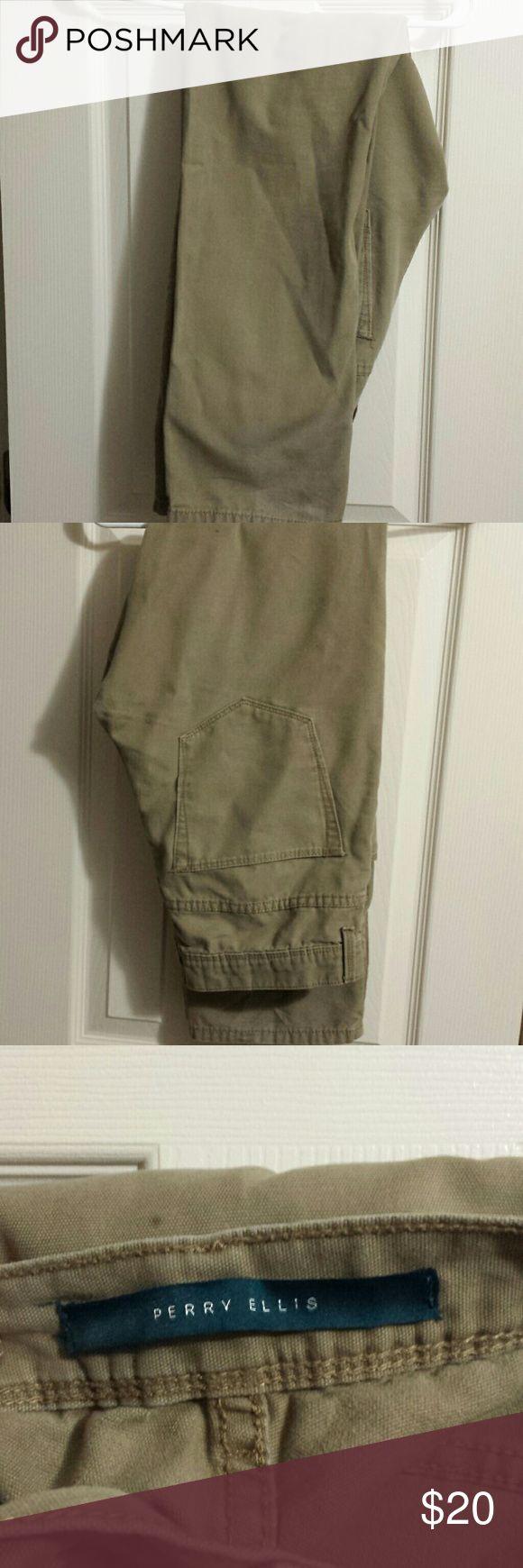 Khaki Pants Men's khaki Pants size 32x32 Perry Ellis Pants Chinos & Khakis