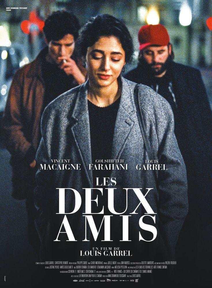 Les Deux amis est un film de Louis Garrel avec Golshifteh Farahani, Vincent Macaigne. Synopsis : Clément, figurant de cinéma, est fou amoureux de Mona, vendeuse dans une sandwicherie de la gare du Nord.Mais Mona a un secret, qui la rend insa