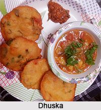 Dhuska, a kind of deep fried pancake is served along with Ghugni. It is traditional recipe from Bihar as well as Jharkhand. For the recipe visit the page. #indiancuisine #recipes #vegetarianfood