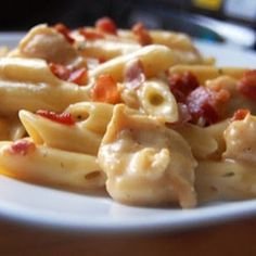 Weight Watchers Cheddar Chicken Bacon Ranch Pasta.....DELISH!!! Just made this the other night.