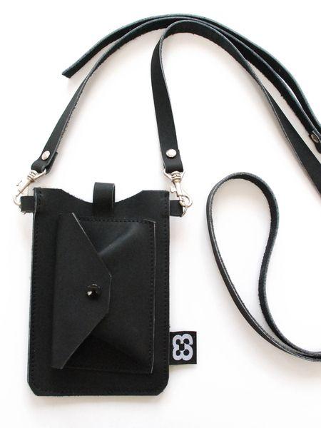 Leren Iphone tasje 4 |zwart van Label 3 | leather bags & accessories op DaWanda.com