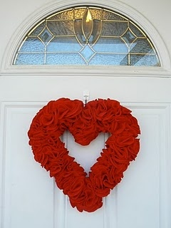 Felt Heart Wreath: Crafty Stuff, Hearti Red, Felt Hearts, Art Crafts Ideas, Wreaths Projects, Heart Wreaths, Valentines Day, Holidays Valentines, Crafty Ideas