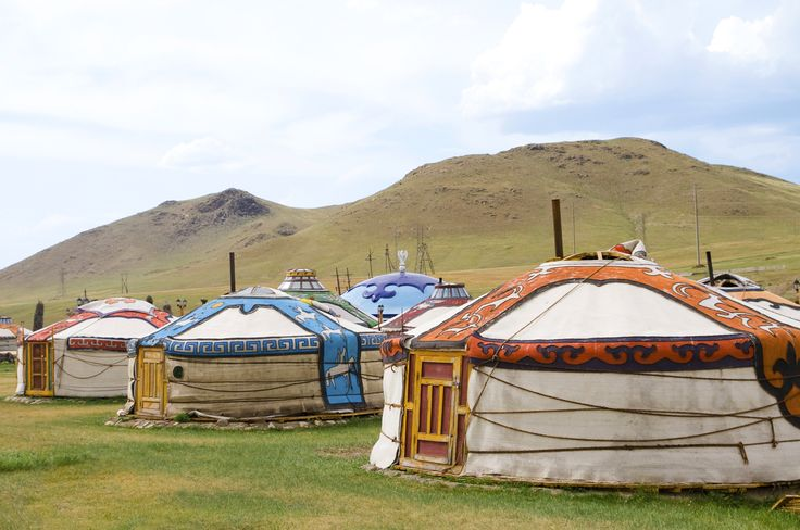 Arquitetura Vernicular: Yurt ou Ger: habitação circular da Mongólia / http://www.onthegotours.com/blog/2012/04/top-10-trans-siberian-experiences/