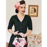 Instagram photo by @iddavanmunster (Aida Đapo - Idda van Munster) - Daisy dapper klänning som är prefekt till hösten :)
