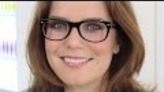 Make up tips voor brildragers: oogmake up aanbrengen als je een bril draagt. Zo komen je ogen achter je bril nóg mooier tot hun recht! - Instructies - Weethetsnel.nl