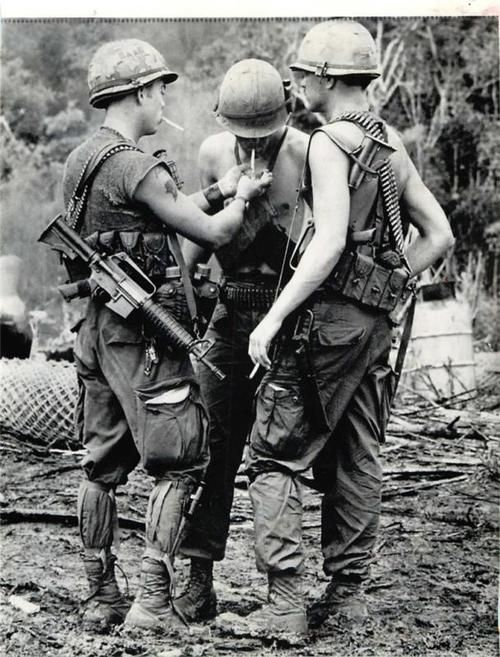 warinvietnam: U.S. Air Cavalry Troops at Fire Support Base Bravo, 1970 @U.S. Army