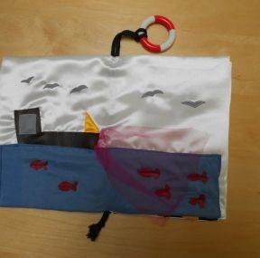 DIY : Livre en tissu sur le thème de la mer - Fabric book fo baby - Pure Famille
