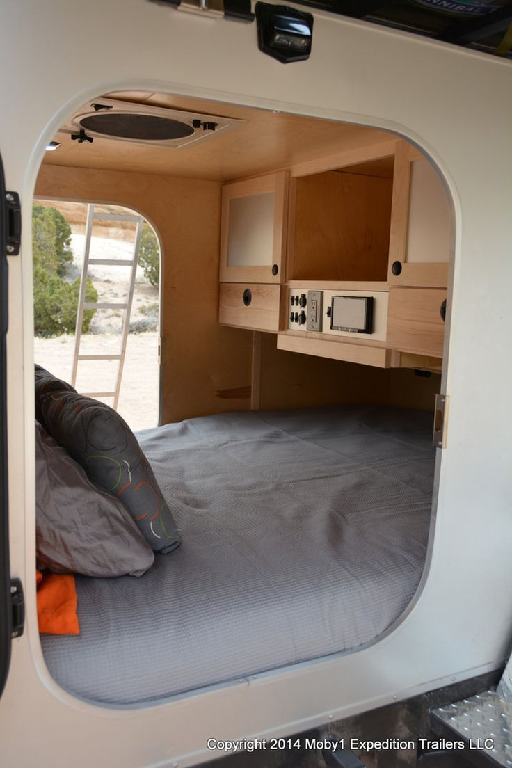 500 best mini roulotte tente de toit images on pinterest camp trailers tents and campers. Black Bedroom Furniture Sets. Home Design Ideas