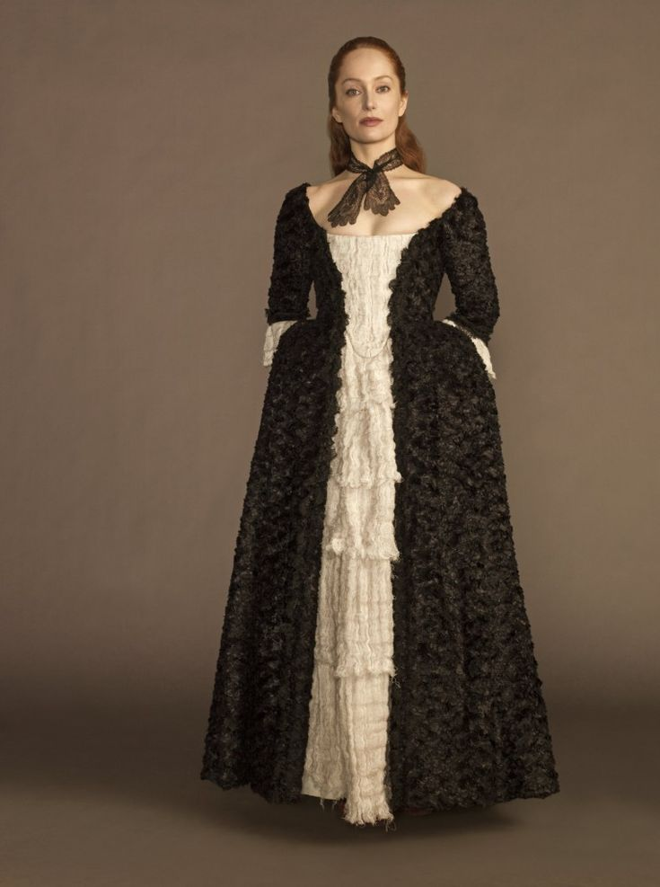 """Lotte Verbeek plays Geillis Duncan whom the Highlander's believe is a witch. Geillis is wearing """"The Raven Dress"""", named for obvious reasons."""