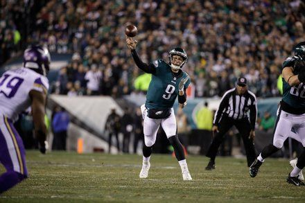 Early Betting Favors Underdog Eagles in Super Bowl