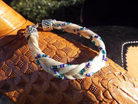 Haar-Armband  Meghan Stil SKYNYRD Pferd von FlyingChangesEquine