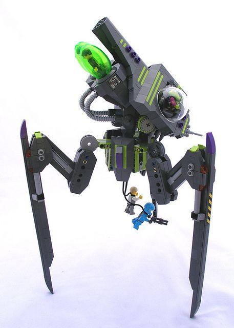 Advanced Tripod Invader by zane_houston, via Flickr