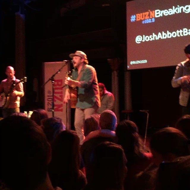 Josh Abbott Band, Tara Thompson, Josh Abbot Band, Dylan Scott & #Buznbreakingnow performed on Thursday at Varsity Theater