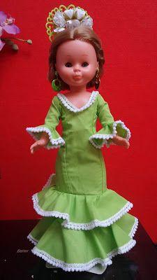 Traje de flamenca verde pistacho