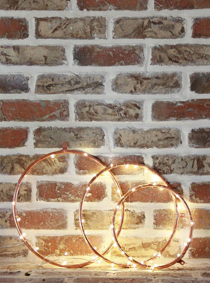 Embroidery hoop and fairy lights Christmas wreath by A Bubbly Life