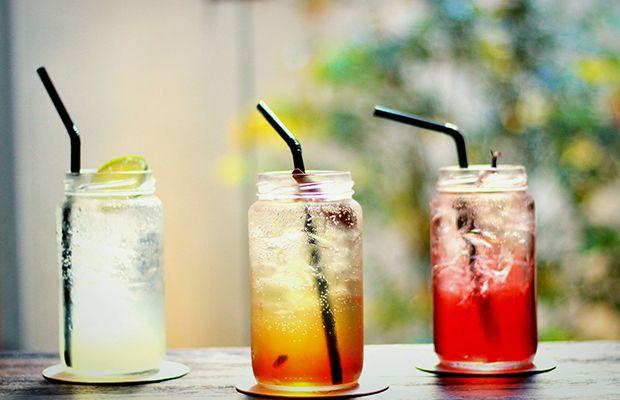As sodas italianas, bebidas artesanais e cheias de cor, são ideais para as estações mais quentes e super fáceis de reproduzir em casa. Confira receita!
