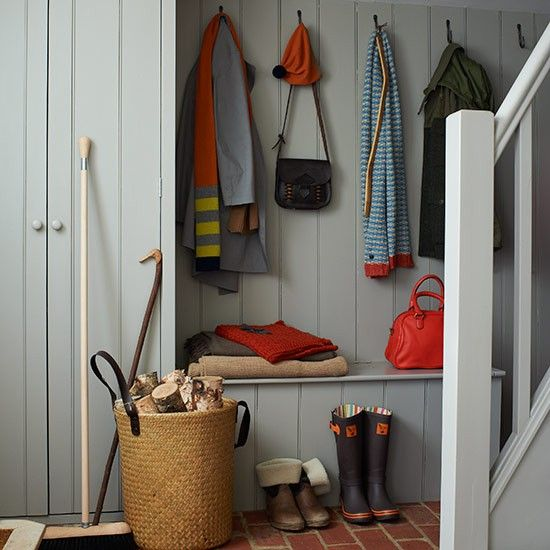Built in bench country hallway design ideas hallway for Country hallway ideas