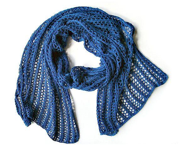 Gebreide lace sjaal blauw brei wrap Lace brei wrap haak Lace gebreide sjaal katoen gebreide sjaal idee van de gift van de verjaardag van Hand gebreide omslagdoek voor haar