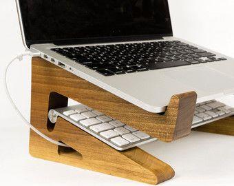 Bambú del ordenador portátil soporte de madera por greentunadesign