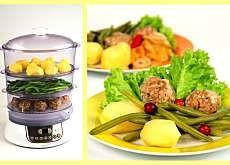 Klopsy z parowaru z fasolką szparagową i białym sosem