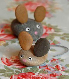 La souris en galets, bricolage facile à faire avec les enfants / The mouse in pebbles, do-it-yourself easy to make with the children