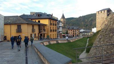 Los mejores vinos de Castilla y León esperan al caminante del Camino de Santiago http://www.revcyl.com/web/index.php/cultura-y-turismo/item/9745-los-mejores-