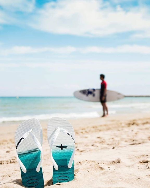 Surf out the summer in style with the Havaianas HYPE   Available now  http://bit.ly/Havaianas_HYPE