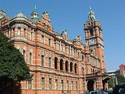 Pietermaritzburg se stadsaal uit die jaar 1893 is na bewering die grootste baksteengebou in die Suidelike Halfrond. Die stadsaal is in 1895 deur 'n brand verwoes en in 1901 herbou.