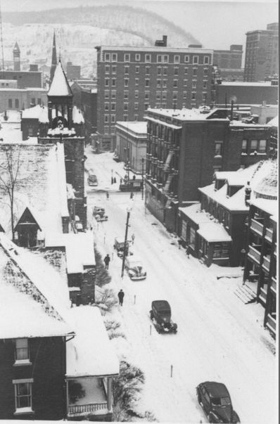 Vintage Johnstown: A Snow Day in Town