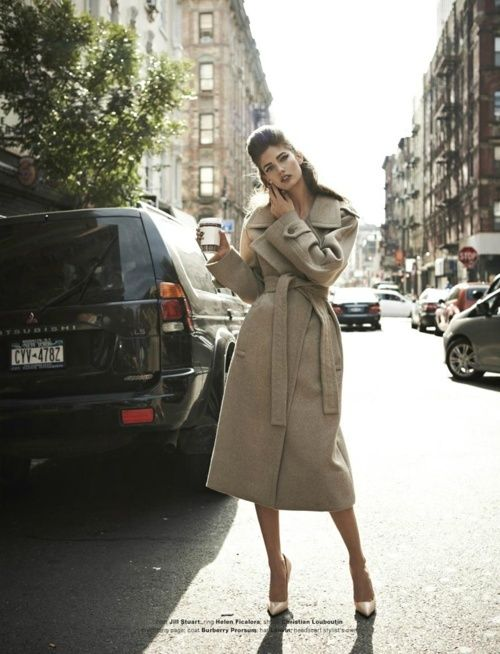 Glamorous Chic - City Style Coat - Click for More...@Gracia Gomez-Cortazar Chambers