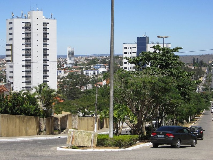 File:Bairro de Heliópolis - Garanhuns, Pernambuco, Brasil.JPG